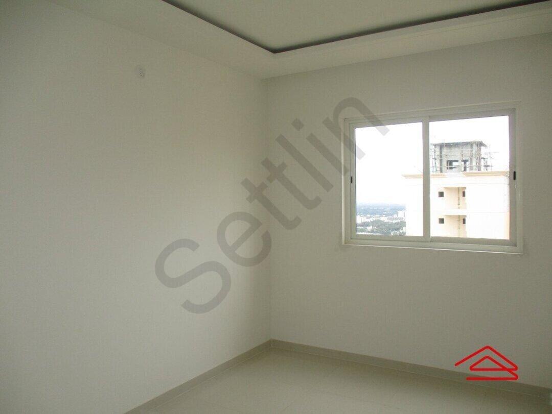 15S9U01301: Bedroom 1