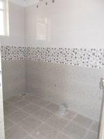 13J1U00239: Bathroom 1