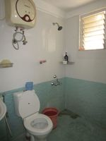 13M5U00097: Bathroom 3