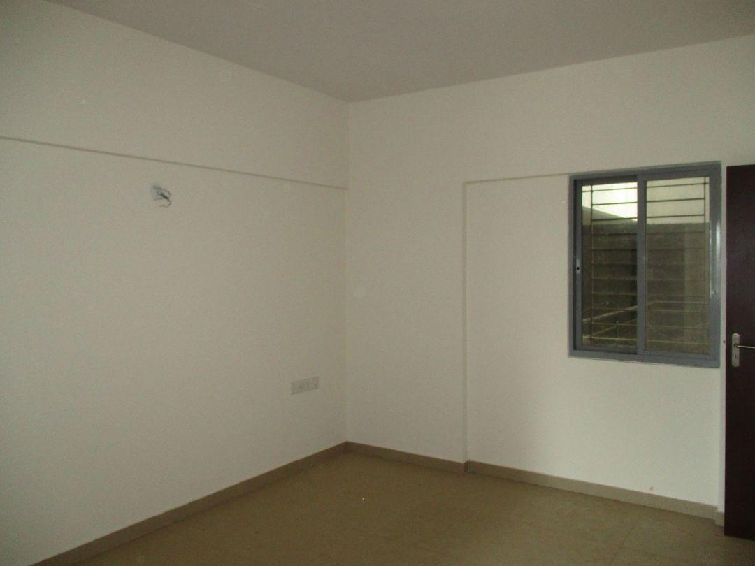 10J6U00558: Bedroom 1