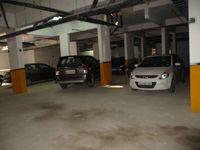 10J6U00558: parking 1