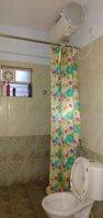 15S9U01103: Bathroom 2