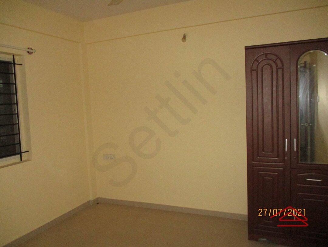 15J7U00212: Bedroom 1