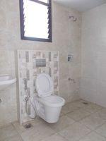 12DCU00214: Bathroom 4
