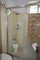 11S9U00288: Bathroom 1