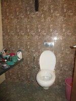 13DCU00536: Bathroom 1