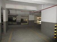 13DCU00536: Parking1