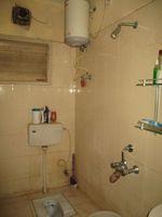 13A4U00018: Bathroom 2