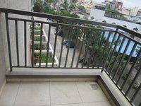 13NBU00286: Balcony 2