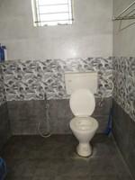11M5U00227: Bathroom 2