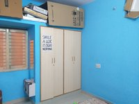 13DCU00305: bedrooms 3