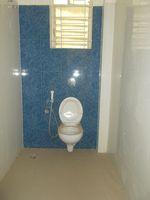 13J6U00378: Bathroom 3