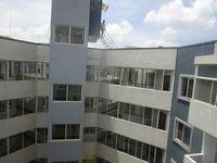 13J7U00099: Balcony 1