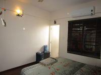 13J7U00099: Bedroom 1