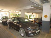 13J7U00099: parking 1