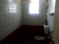 12M3U00116: Bathroom 2