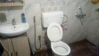 15A4U00286: Bathroom 2