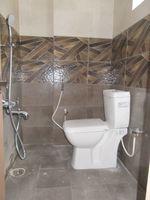 13A8U00001: Bathroom 3