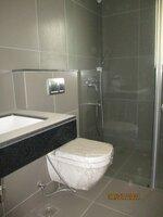 15J7U00339: Bathroom 3