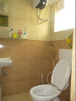 10A8U00262: Bathroom 1