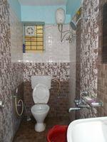 13M5U00012: Bathroom 2