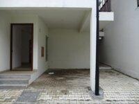 15J7U00270: parkings 1