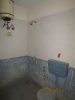 12M3U00042: Bathroom 2