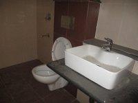 14J1U00457: Bathroom 1