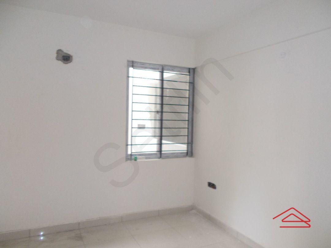 12M5U00413: Bedroom 1