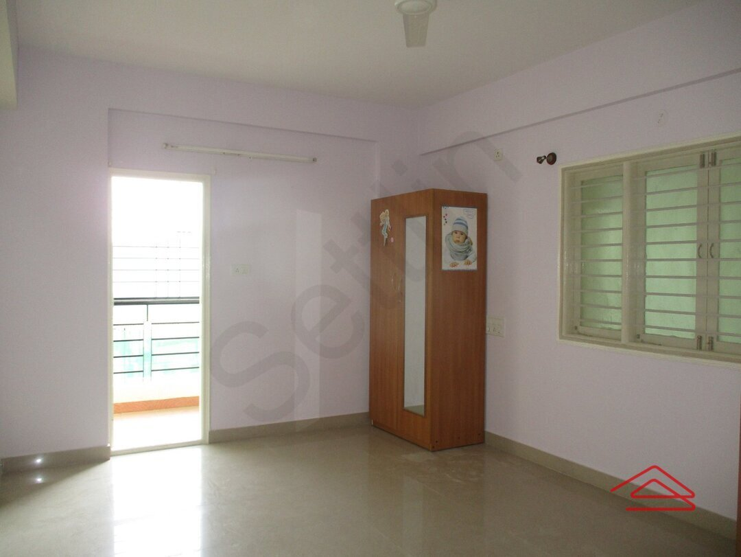 15F2U00024: Bedroom 1