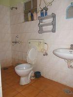 12OAU00209: Bathroom 1
