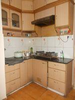 12OAU00209: Kitchen