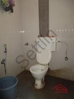 10J6U00366: Bathroom 2