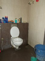13A8U00085: Bathroom 2