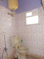 13M5U00627: Bathroom 1
