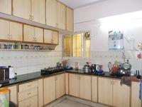13M5U00627: Kitchen 1