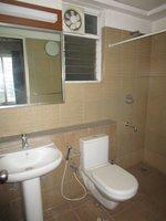 13DCU00385: Bathroom 2