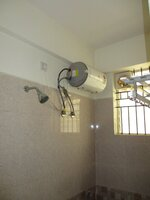 15S9U01085: Bathroom 1