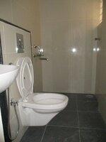 Sub Unit 15J1U00523: bathrooms 1