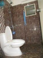 15A4U00435: Bathroom 2