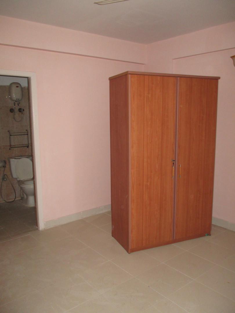 10F2U00010: master Bedroom
