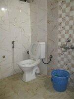 14OAU00347: Bathroom 2