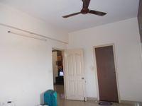 12J6U00254: Bedroom 2