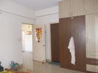 12J6U00254: Bedroom 1