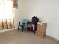 13M5U00561: Bedroom 1