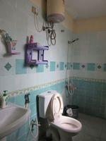 13M3U00441: Bathroom 1
