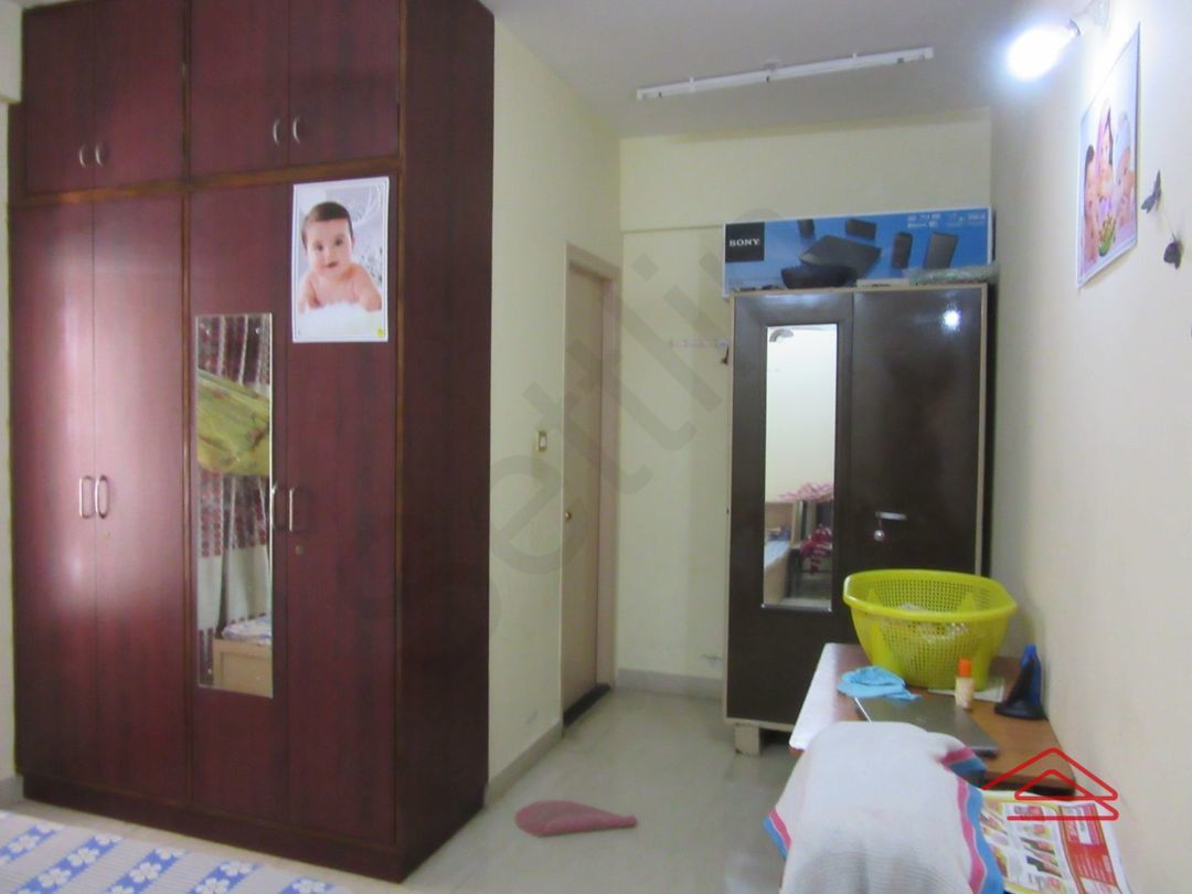 13M3U00441: Bedroom 1