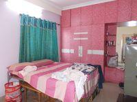 13M5U00147: Bedroom 1