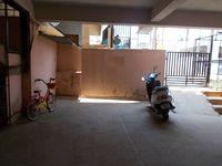 13M5U00147: parking 1