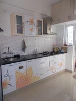 12NBU00186: Kitchen 1